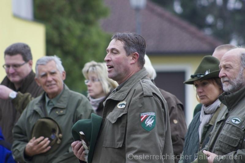 Ordenspräsident Martin bedank sich für die 40 Jahre Jagdfreundschaft