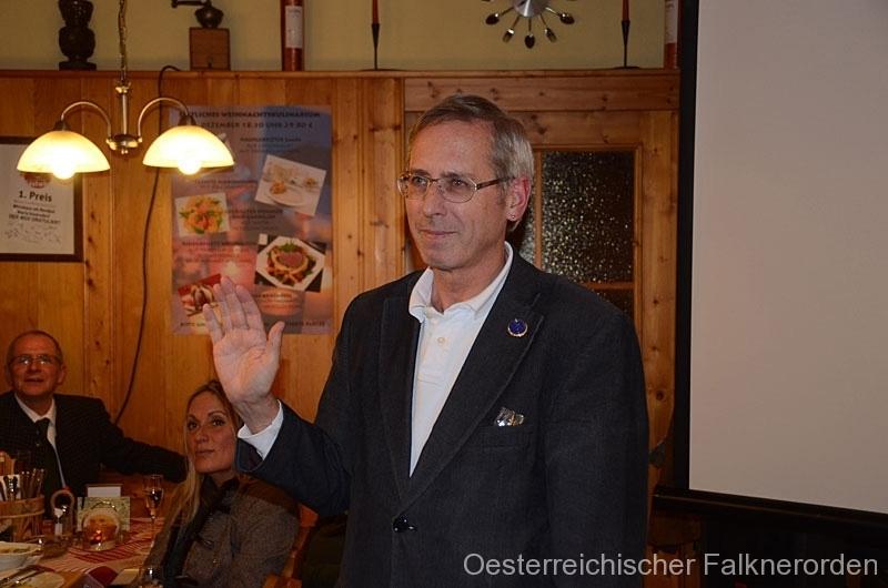 Franz schwört sich im Sinne des ÖFO u.a. für die Greifvögel einzusetzen